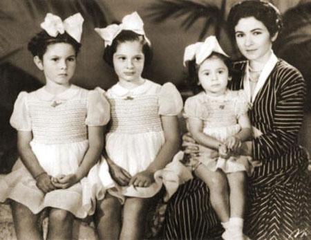 زوجات الملك فاروق وابنائه فاروق مصر